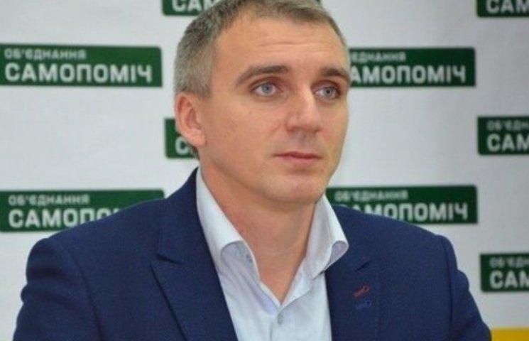 Буде гаряче: мер Миколаєва пояснить, чому підсобив Садовому з вивозом сміття