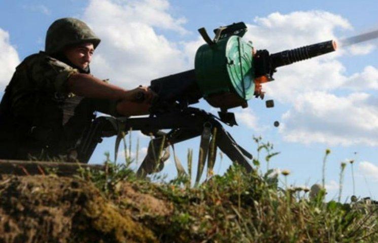 На Харківщині невідомі обстріляли з гранатомета житловий будинок