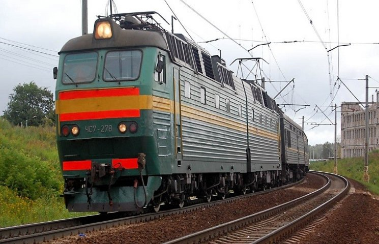 Укрзалізниця призначила додатковий потяг до Хмельницького на один день