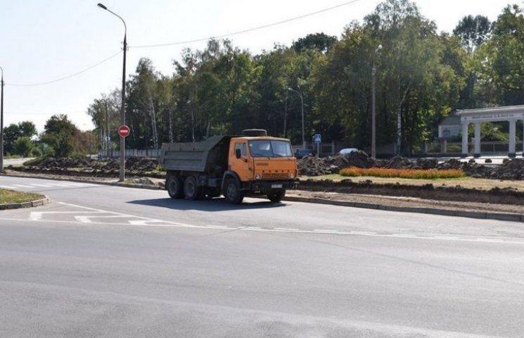У Вінниці біля музею-садиби Пирогова транспорт рухатиметься по колу