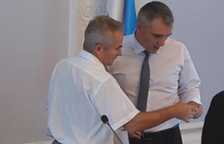 Сміттєва сесія: у Миколаєві  депутати вирішують чи приймати львівське сміття (ТРАНСЛЯЦІЯ)
