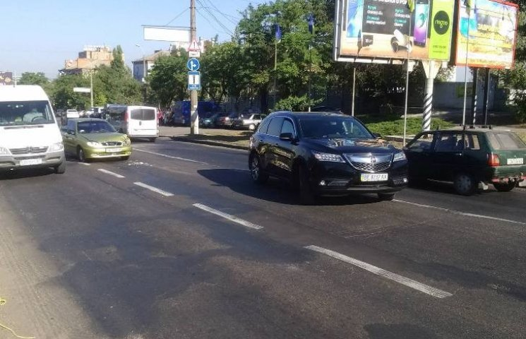 У Миколаєві на мосту Daewoo влетів в кросовер Acura