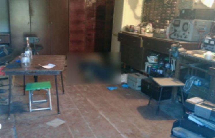Перерізав горло і вистрелив у голову: Подробиці жорстокого вбивства полтавського пенсіонера