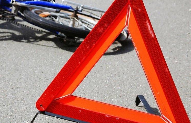 На Вінничині під колесами автомобілів загинули велосипедист і пішохід