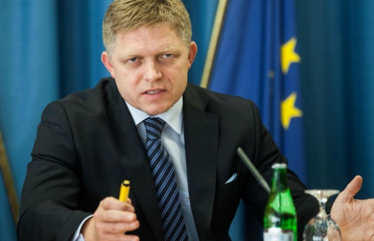 Чому Словаччина підіграє Путіну