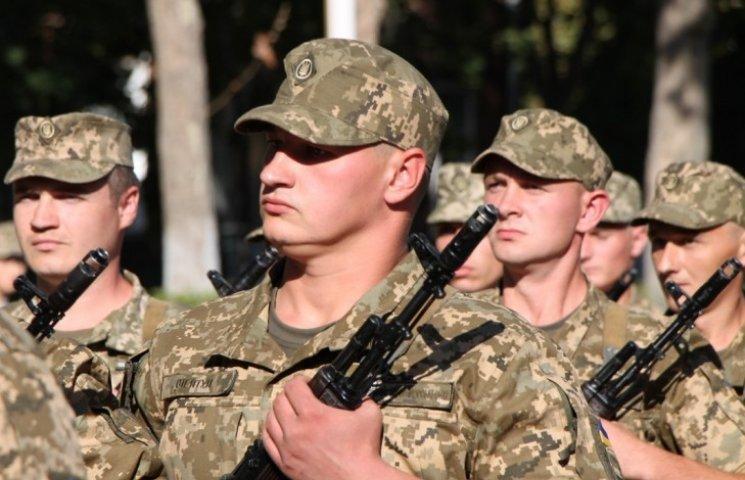 У Миколаєві 68 контрактників присягнули на вірність Україні
