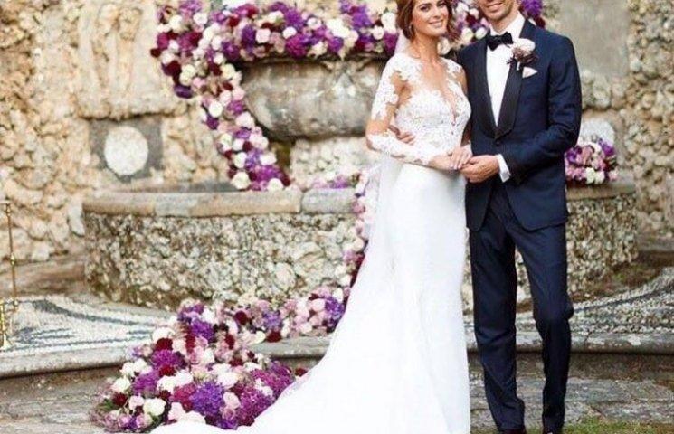 """""""Міс Україна Всесвіт"""" вийшла заміж на розкішній віллі в Італії"""