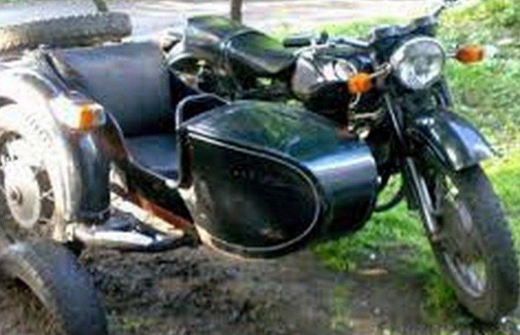 На Вінниччині у ДТП загинув пасажир мотоцикла
