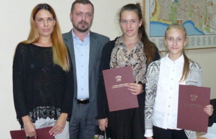 У Миколаєві вітали призерок Чемпіонату Світу з кікбоксінгу