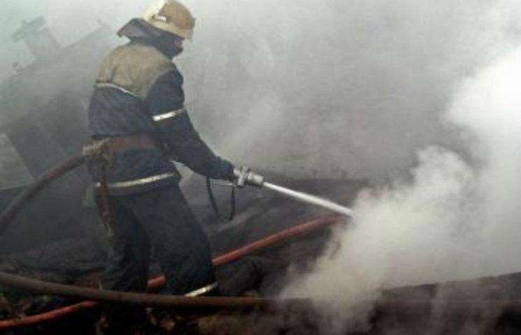 На Харківщині під час пожежі постраждали двоє дітей і пенсіонерка