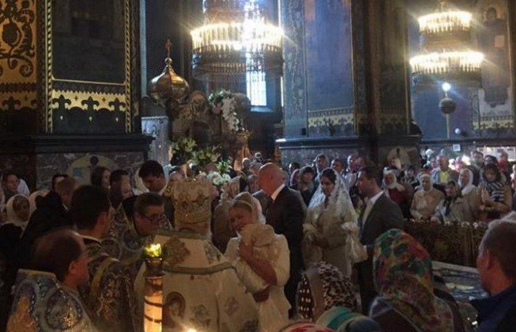Тимошенко похрестила онучку у Володимирському соборі
