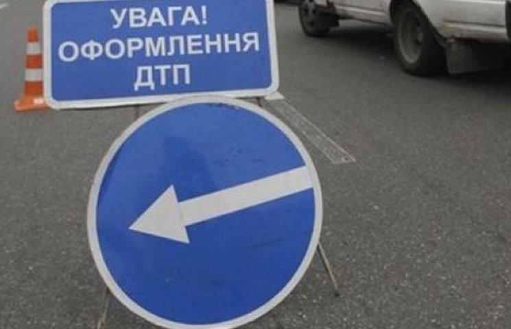 """На Вінниччині через """"кайф"""" водія постраждала пасажирка"""