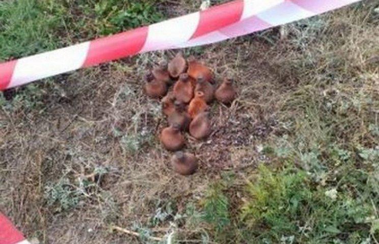 У Вінниці просто на вулиці знайшли 13 кілограмів ртуті