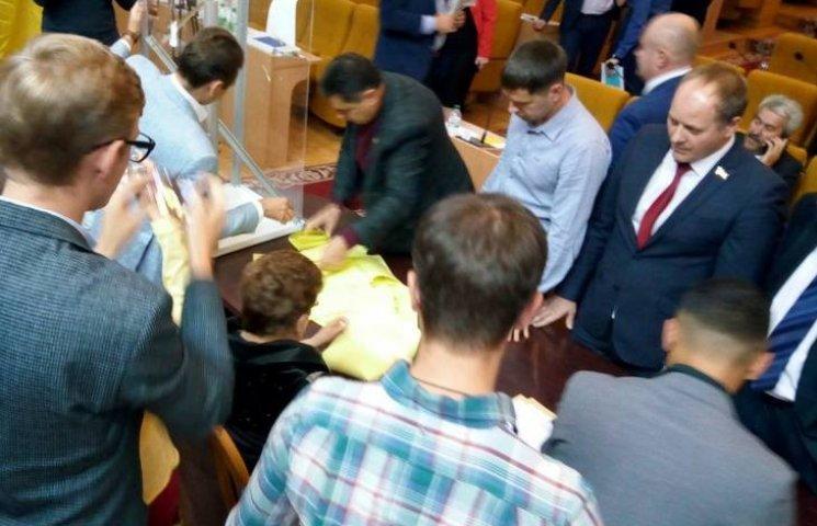 Зміна влади: Соколова зняли з посади заступника голови Миколаївської облради