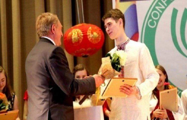 """Лучший """"китаец"""" в конкурсе китайского языкознания это украинский студент"""