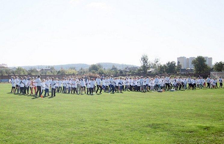 У Хмельницькому поліція пропагує спорт серед дітей