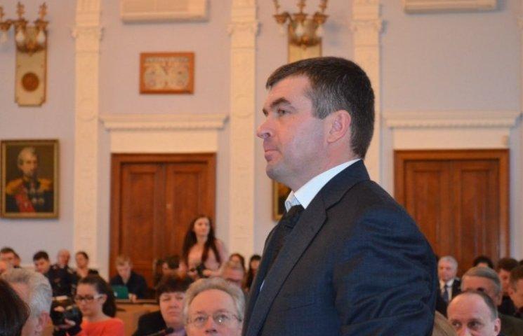 Из-за трех чиновников Николаев потерял на ремонте дорог больше миллиона