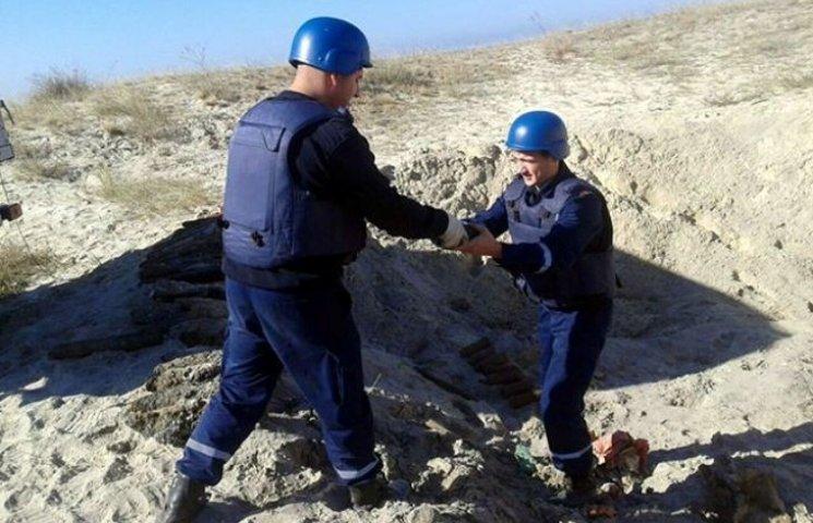 На Чорноморському узбережжі знайшли та підірвали 167 артснарядів