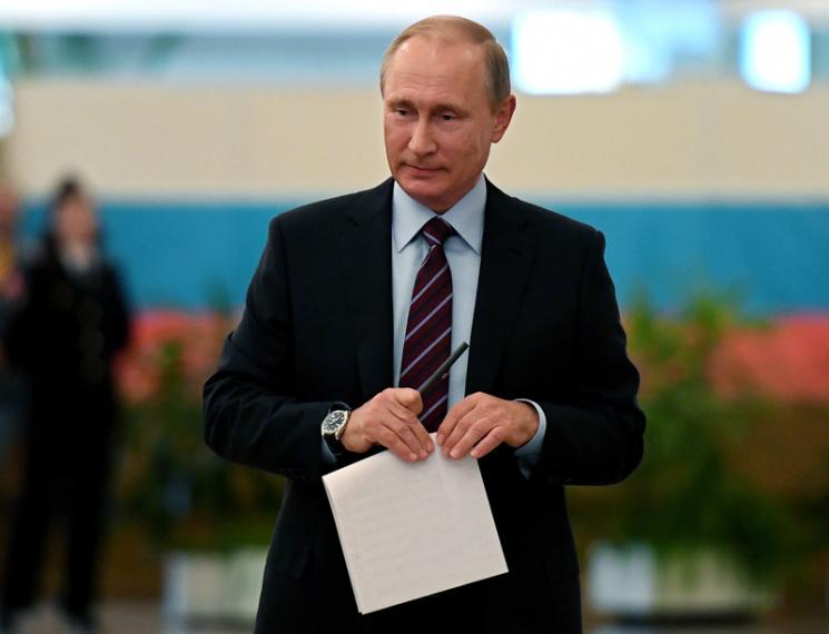 """Вибори на Росії: Путін готується """"топити ЄдРо"""""""