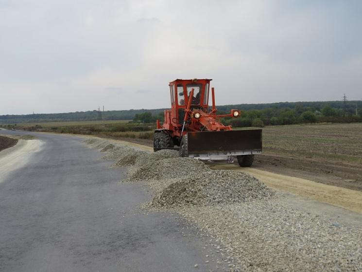 Об'їзну дорогу в Дунаївцях продовжують будувати