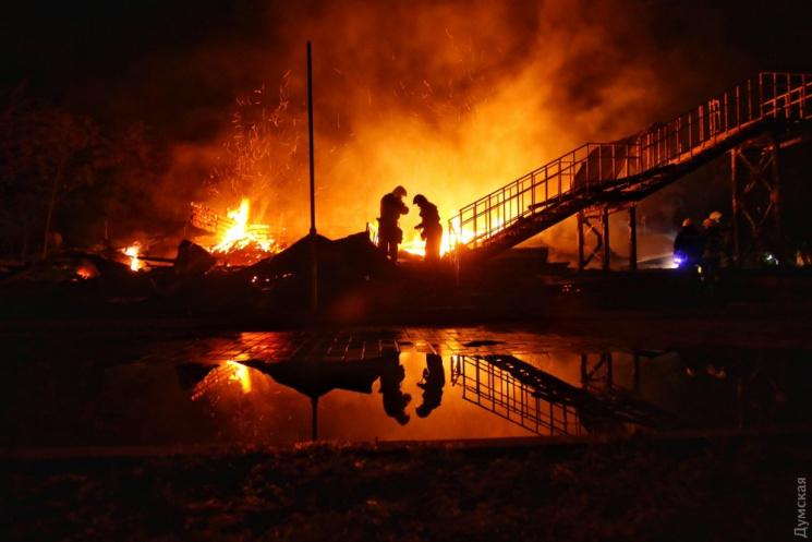 Під час пожежі у дитячому таборі в Одесі загинуло двоє дітей