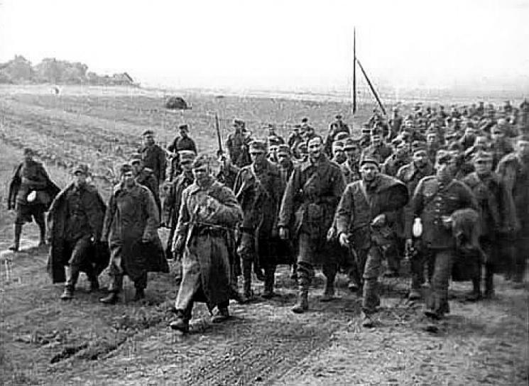 """Архіви КДБ: Як полонені поляки відмовилися працювати на """"Запоріжсталі"""""""
