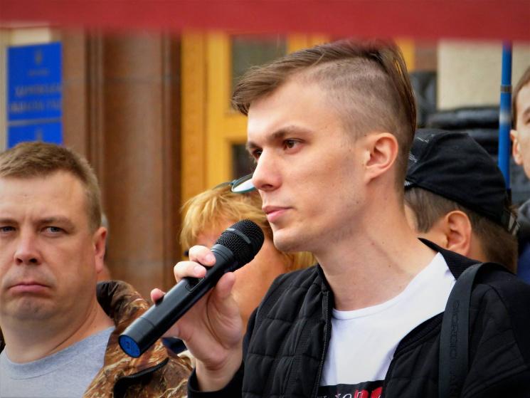 Усвоего дома вХарькове был избит активист Харьковского антикоррупционного центра