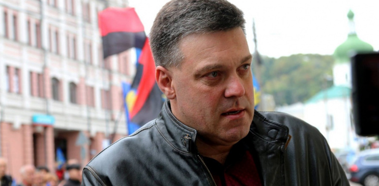 """Армію на Крим: Коли у """"Свободі"""" повідомлять, що Тягнибок вже """"голий"""""""