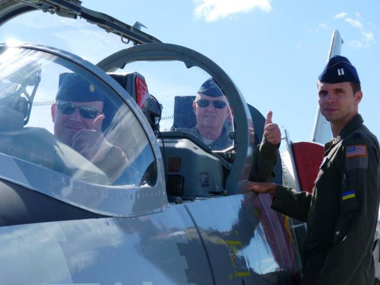 Американские военные пилоты ознакомились…