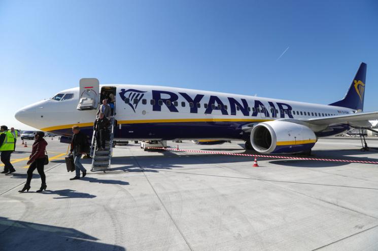 Европейская комиссия проверит работу Ryanair из-за отмены тыс. рейсов