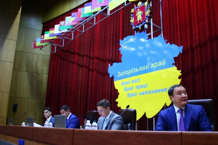 Дилема Бриля: Запорізькому губернатору доводиться вибирати між Ахметовим і Тимошенко