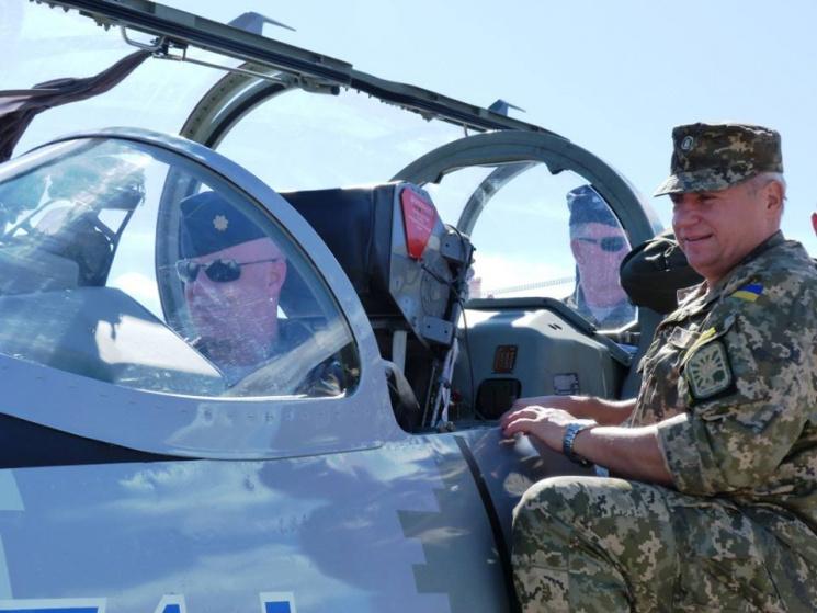 Страшний сон Кремля: Як українські авіатори вчаться співпраці з НАТО (ФОТО)