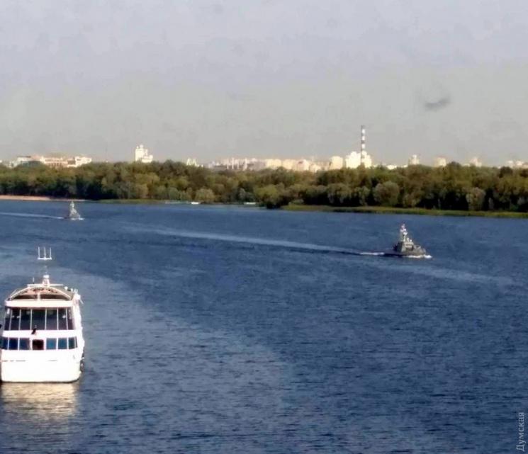 З Києва до Одеси йдуть два нових броньованих катери