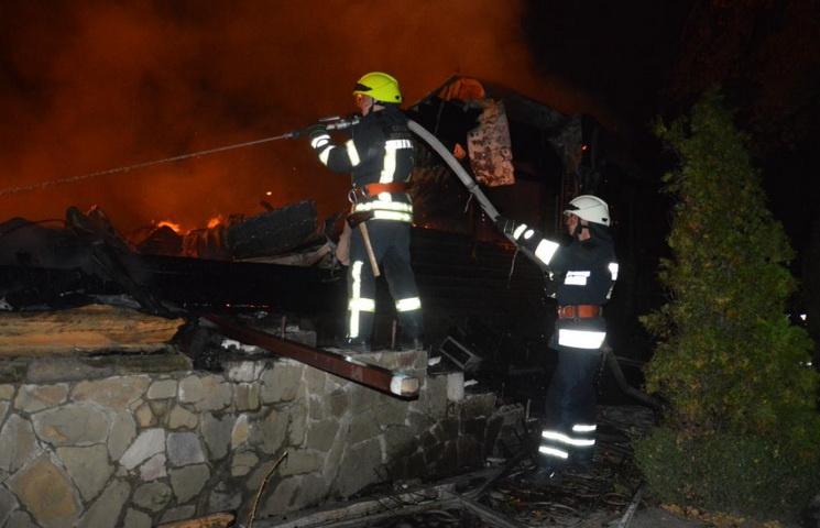 УДніпрі вночі вщент згорів ресторан