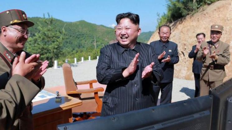 Північна Корея зібралася полювати на американські літаки навіть закордоном