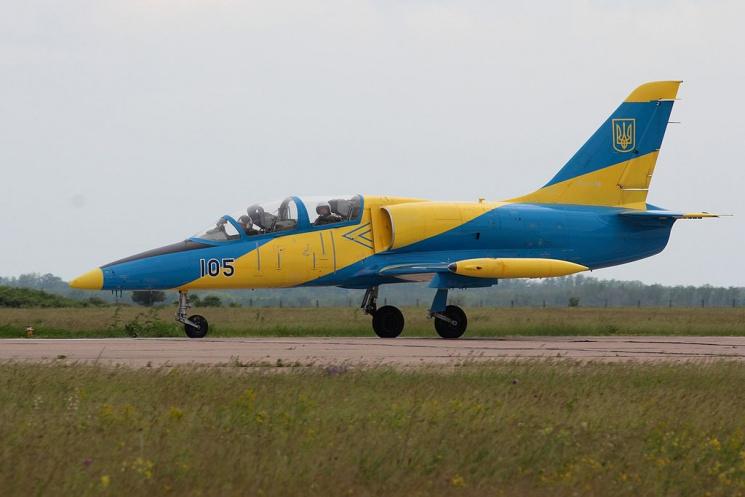 УХмельницькій області розбився військовий літак, дві людини загинули