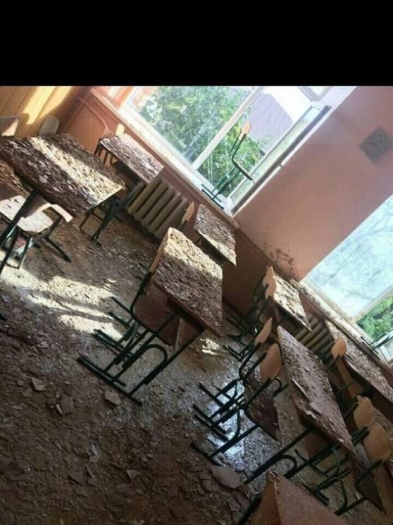У школі окупованого Криму обвалилася стеля