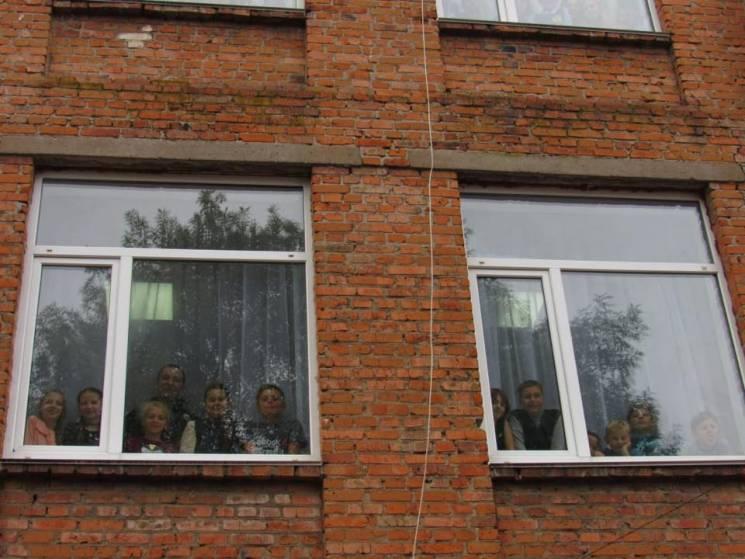 Як у школах Вінниччини показали небезпеку дитячих самогубств