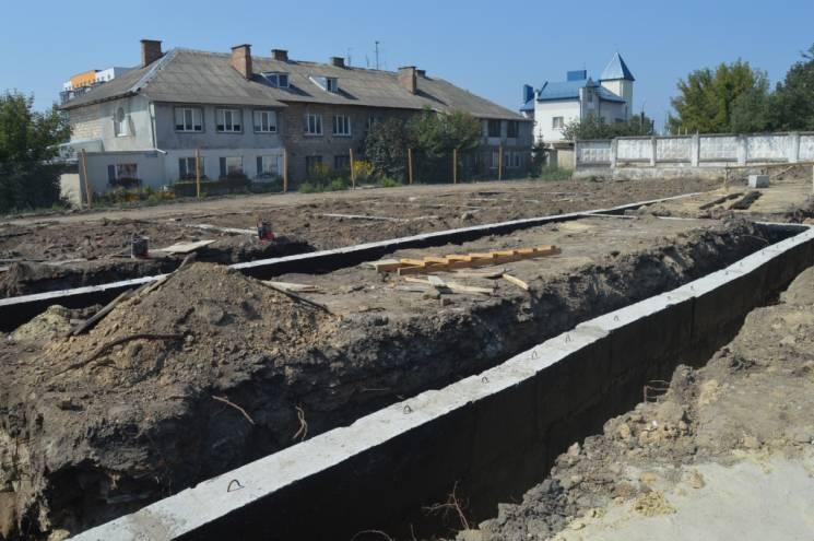 На Тернопільщині будують сучасне житло для військовослужбовців-контрактників