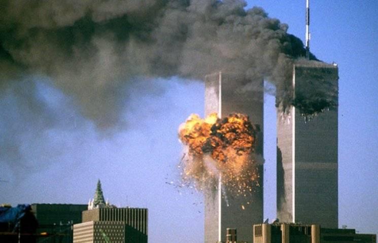 Трагедія 9/11: Сьогодні 17-та річниця наймасштабнішого теракту в історії США (ФОТО, ВІДЕО)