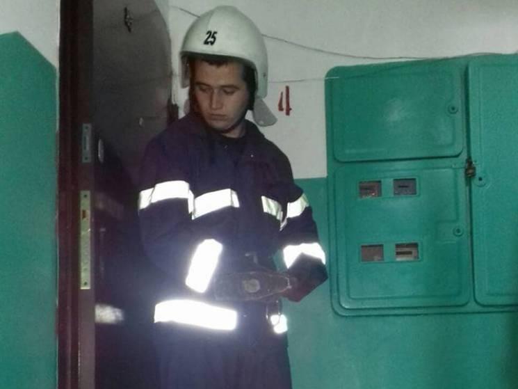 На Миколаївщині заради порятунку життя рятувальники виламали двері
