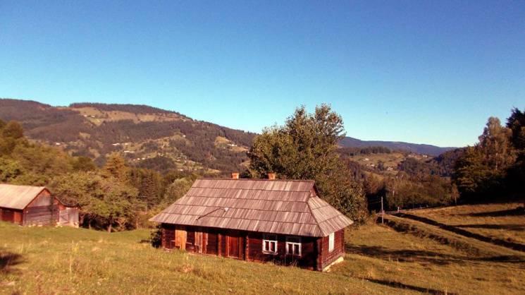 Чому восени треба їхати у наймальовничіше гірське село Гуцульщини (ФОТО)