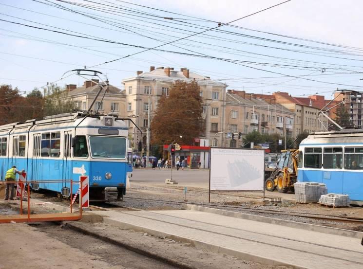 У Вінниці на Замостяській відновили двоколійний режим руху трамваїв