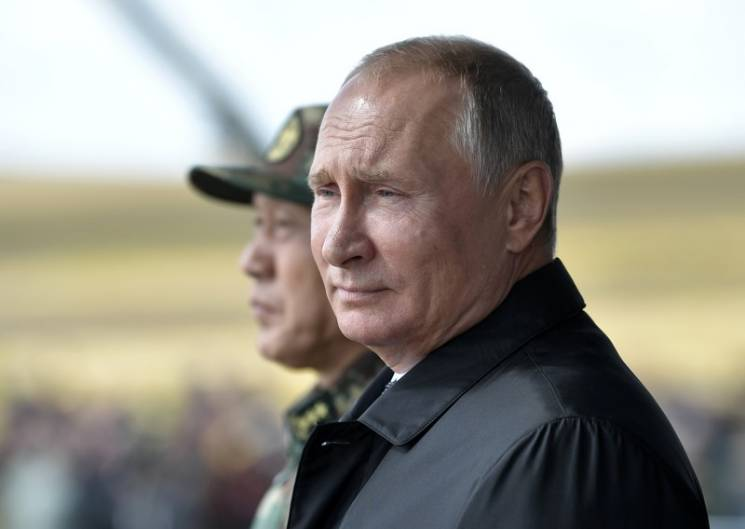Нові санкції Трампа: Чому Путін не зможе уникнути пастки