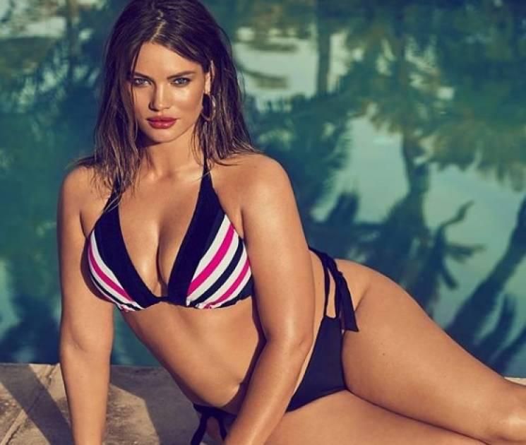 Як пишнотіла модель Playboy демонструє свої принади у мережі (ФОТО)