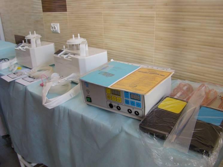 На 100 тис. грн нового обладнання отримали кам'янецькі травматологи