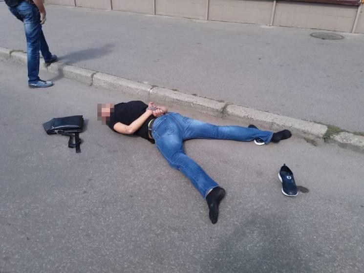 Вимагач, якого у Харкові застрелили правоохоронці, виявився колишнім АТОвцем (ВІДЕО, ФОТО)