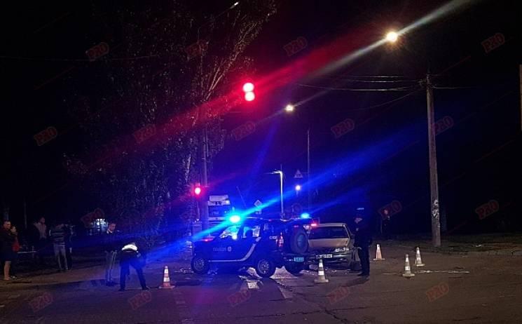 У Бердянську автомобіль поліції потрапив у потрійну ДТП (ФОТО)