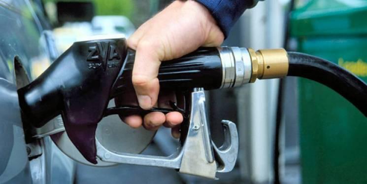 На Летичівщині водій задурно заправив авто на 70 літрів бензину