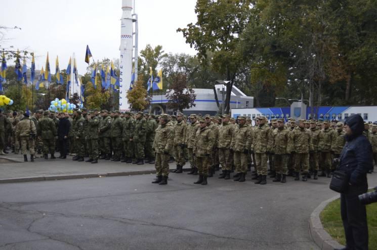 Марш АТОвців та 3D-шоу: Як у Дніпрі святкуватимуть День захисника України